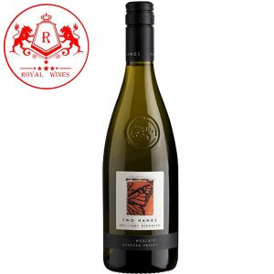 Ruou Vang Two Hands Brilliant Disguise Moscato