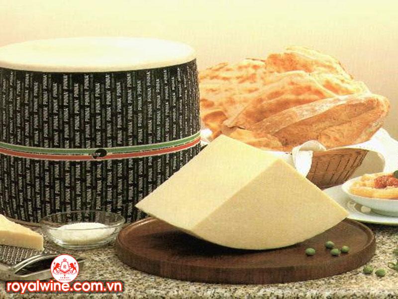 Kết Hợp Món Ăn Với Vang Pecorino