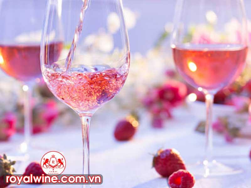Rượu Vang Hồng Rose